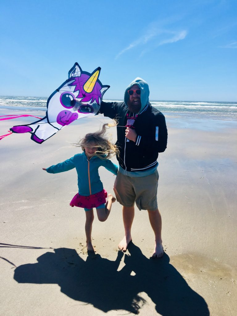 Oregon on the Coast Day One: Kites and Crabs